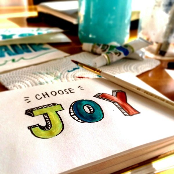8 tips to choose happiness and joy in everyday life