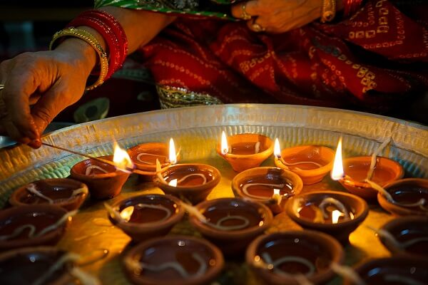 6 Life Lessons Inspired by Diwali (Festival of lights)